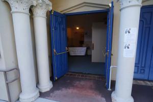 Entrance890Ch