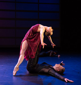 Chloe-Felesina-and-Daniel-Mayo--by-BalletX-in-Beasts-by-Nicolo-Fonte.-Photo-by-Alexander-Iziliaev-4