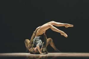 Royal-Ballet-of-Flanders_in-Fall-by-Sidi-Larbi-Cherkaoui1(c)FilipVanRoe
